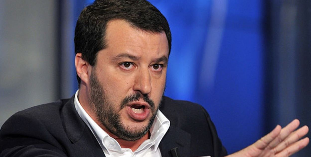 Salvini offers Spain to host more migrants from Italy
