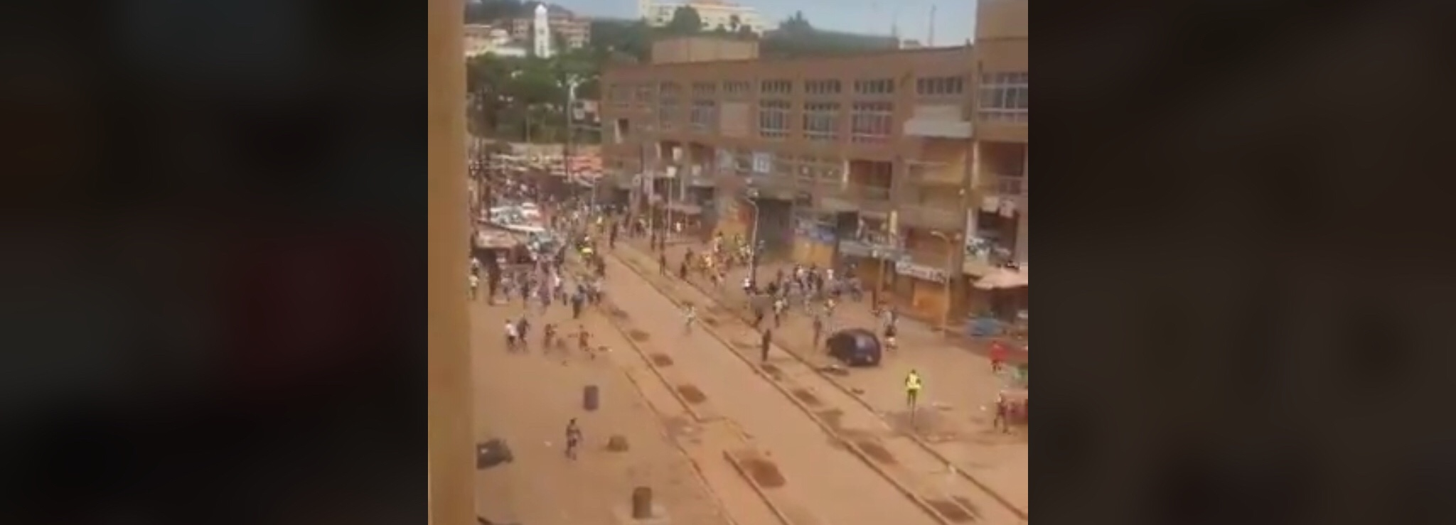 Uganda: lockdown clashes