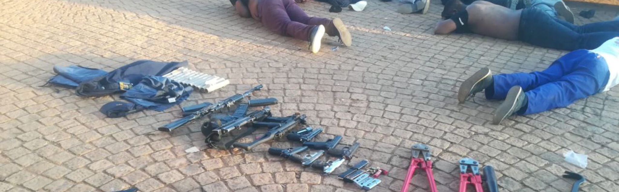 Five killed in Johannesburg hostage situation